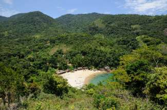 BRESIL Village de Ponta Negra, vers Paraty La plage