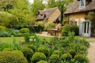 SARTHE Le Jardin du Petit Bordeaux, à St-Biez-en-Belin