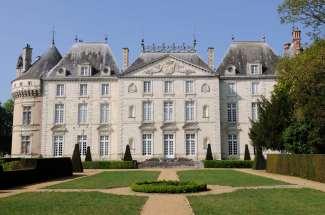 SARTHE Château du Lude Un petit Chambord au bord du Loir...