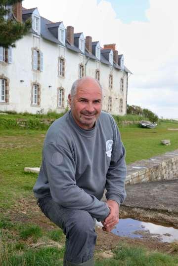 Iles secretes du Finistère Ile Tristan, à Douarnenez Gilles, le gardien de l'île