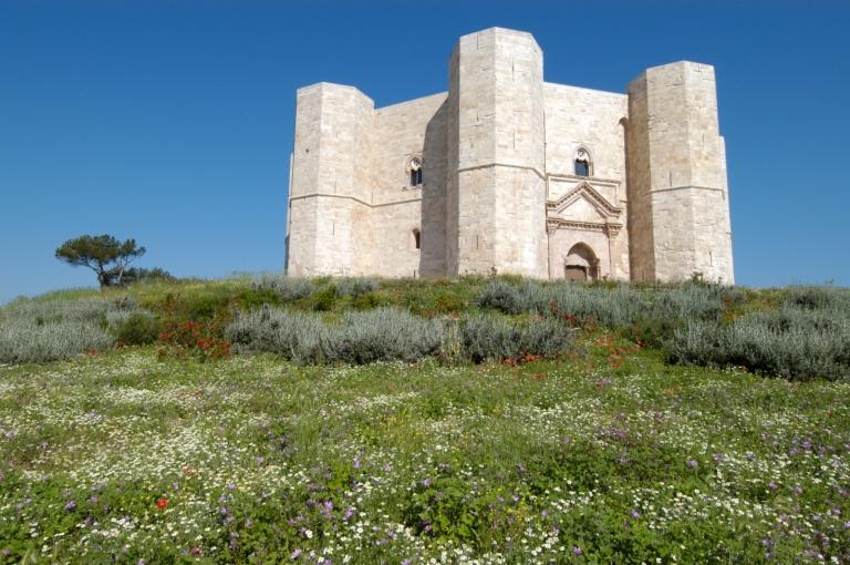 ITALIE - Pouille - Castel del Monte