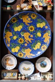 ITALIE - Pouille - Grottaglie Céramique d'un artisan