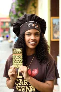 COLOMBIE - Carthagène Dans le centre historique, Nevis travaille au musée du chocolat