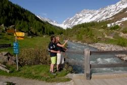 SUISSE Valais - Lötschental A Fafleralp, départ des sentiers longeant la Lonza