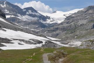 SUISSE - Valais Loèche-les-Bains Randonnée vers le glacier Wildstrubel, accessible par le téléphérique de la Gemmi