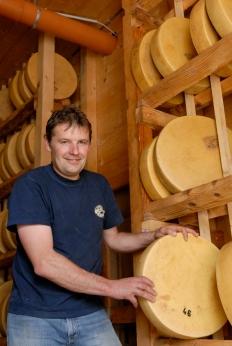 SUISSE A la fromagerie de l'Etivaz, fruitière à Etivaz