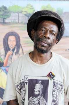 JAMAÏQUE - Kingston Musée de Bob Marley L'un des musiciens ayant connu Bob Marley.