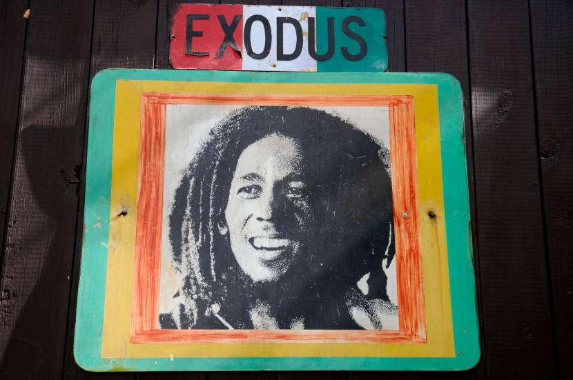 En Jamaïque, les Caraïbes versionreggae