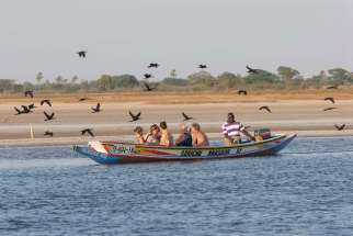 SENEGAL Sine Saloum Excursion en pirogue sur les bolongs