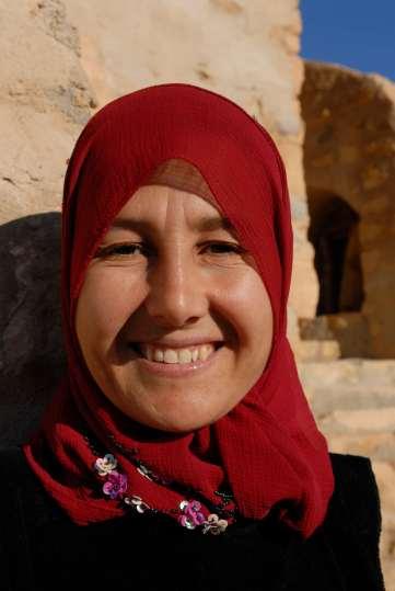 """TUNISIE - Douiret Rachida, femme de ménage à l'hôtel """"Chez raouf"""""""
