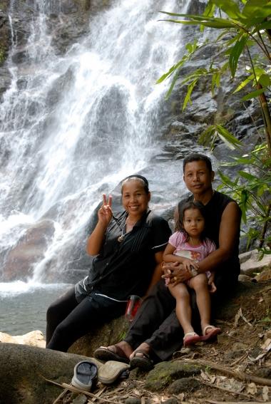 THAÏLANDE Chute d'eau de Sai Rung, vers Khao Lak