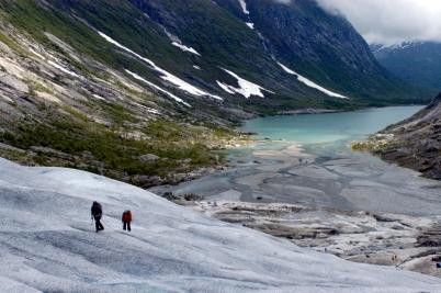 NORVEGE Marche sur le glacier Nigardsbreen