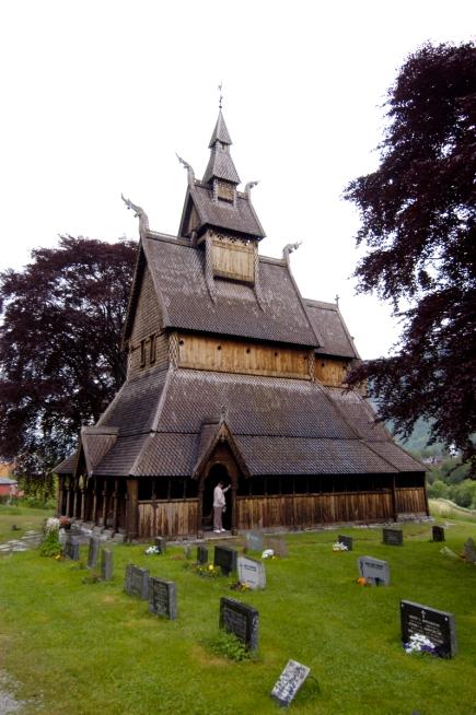NORVEGE Eglise en bois debout de Vik-Hopperstad
