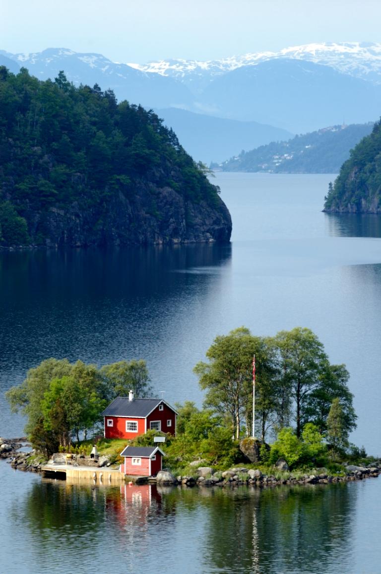 NORVEGEPetite île au bout de l'Erfjord