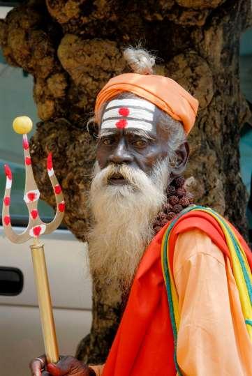 INDE du SUD Kerala Cochin Quartier juif Vieux prêtre