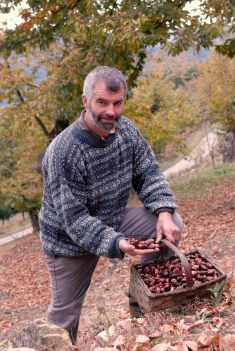 ARDECHE Michel Grange, de la ferme du châtaignier, à Lamastre