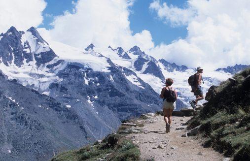 ITALIE - Val d'Aoste Val de Cogne Sentier vers le refuge de Vittorio Sella