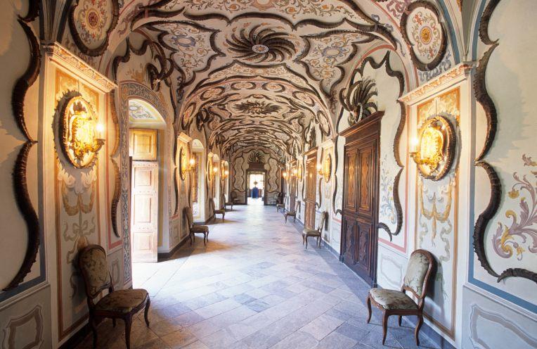 ITALIE - Val d'Aoste Galerie des Trophées du château de Sarre