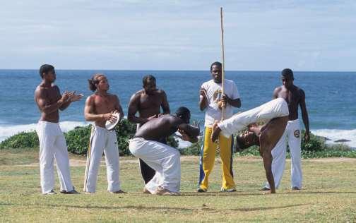 BRESIL - Salvador Da Bahia Capoeiristes du groupe Quilombo do Axé