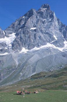 ITALIE - Val d'Aoste Valtournenche Sous le Cervin à Plan maison
