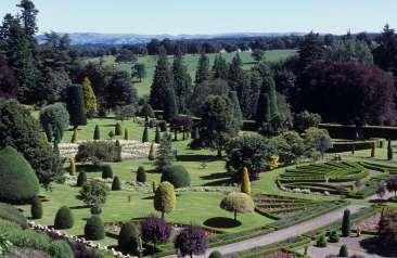 ECOSSE Jardins du Drummond castle