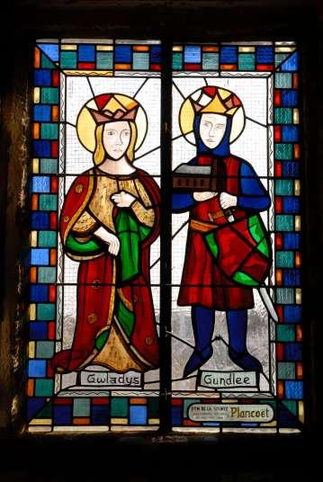 MORBIHAN St-Cado Vitrail de la chapelle de St-Cado