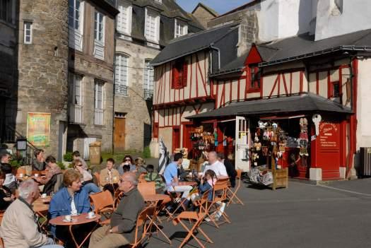 MORBIHAN Golfe du Morbihan Vannes Place des Lices, jour de marché