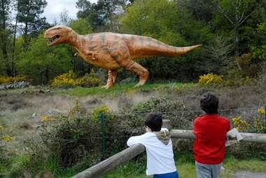 MORBIHAN Rochefort-en-Terre Parc de la Préhistoire, à Malansac