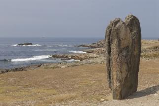 MORBIHAN Presqu'île de Quiberon Menhir du Bonnet de l'Evêque