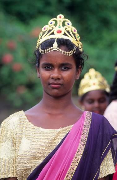 LA REUNION Jeune tamoul à St-André, lors d'une cérémonie