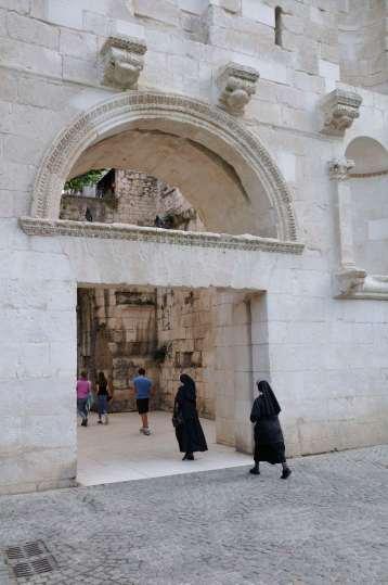 CROATIE - Split Porte d'or du palais de Dioclétien