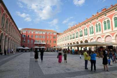 CROATIE - Split Place du palais Milési