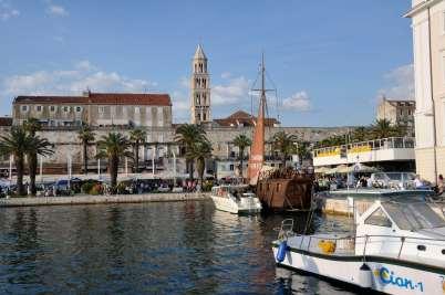 CROATIE - Split Marina devant le palais de Dioclétien