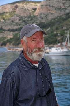 CROATIE - Ile de Vis Zeljko, propriétaire d'un bateau pour l'excursion à la grotte bleue