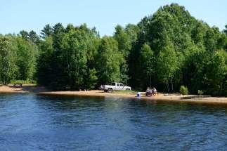 QUEBEC - Ferme-Neuve Lac Baskatong