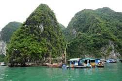 VIETNAM - Baie d'Halong Village flottant