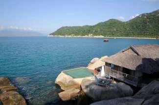 VIETNAM - Nha Trang Au Six Senses Hideaway de la baie de Ninh Van