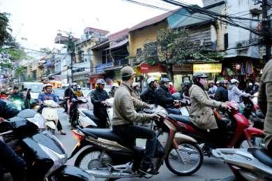 VIETNAM - Hanoï Circulation infernale