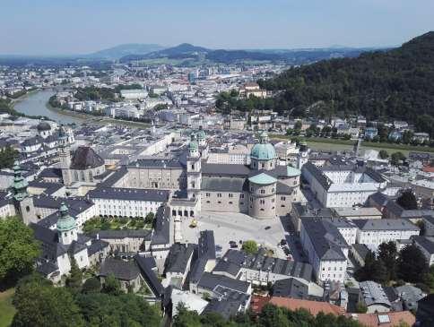 AUTRICHE - Salzbourg Vue d'une tour du Hohensalzburg
