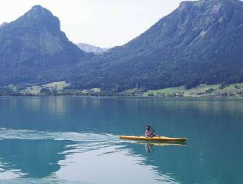 AUTRICHE - Salzkammergut Sur le lac Wolfgangsee