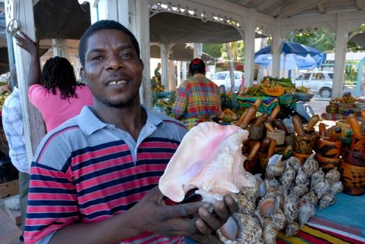 SAINT-MARTIN Marigot Au marché